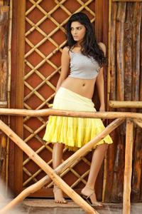 Sherlyn Chopra - Yellow Skirt - x2 UHQ